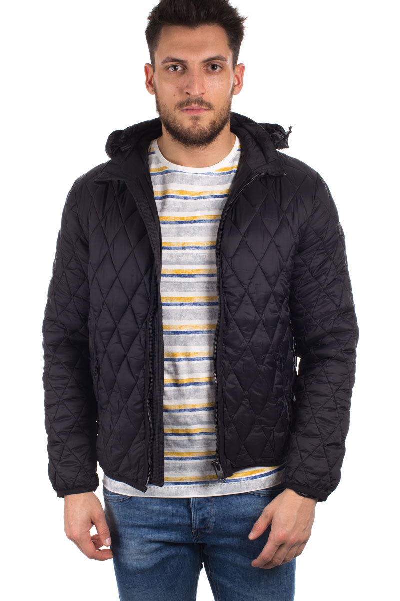 detail PADDED JACKET