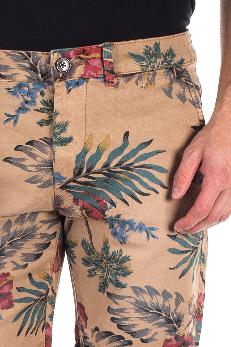 detail MC QUEEN SHORT HAWAIIAN