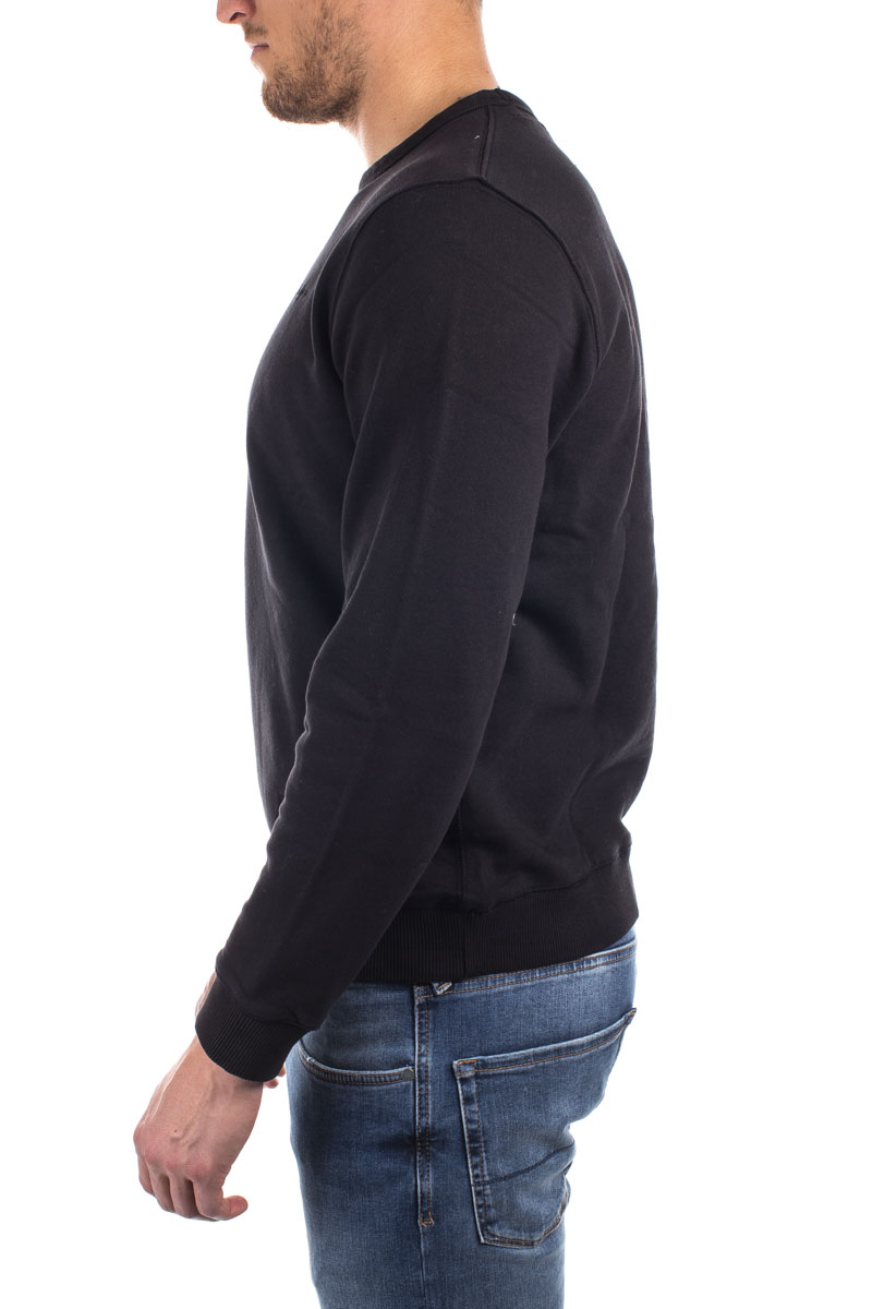 detail CREW NECK MENS